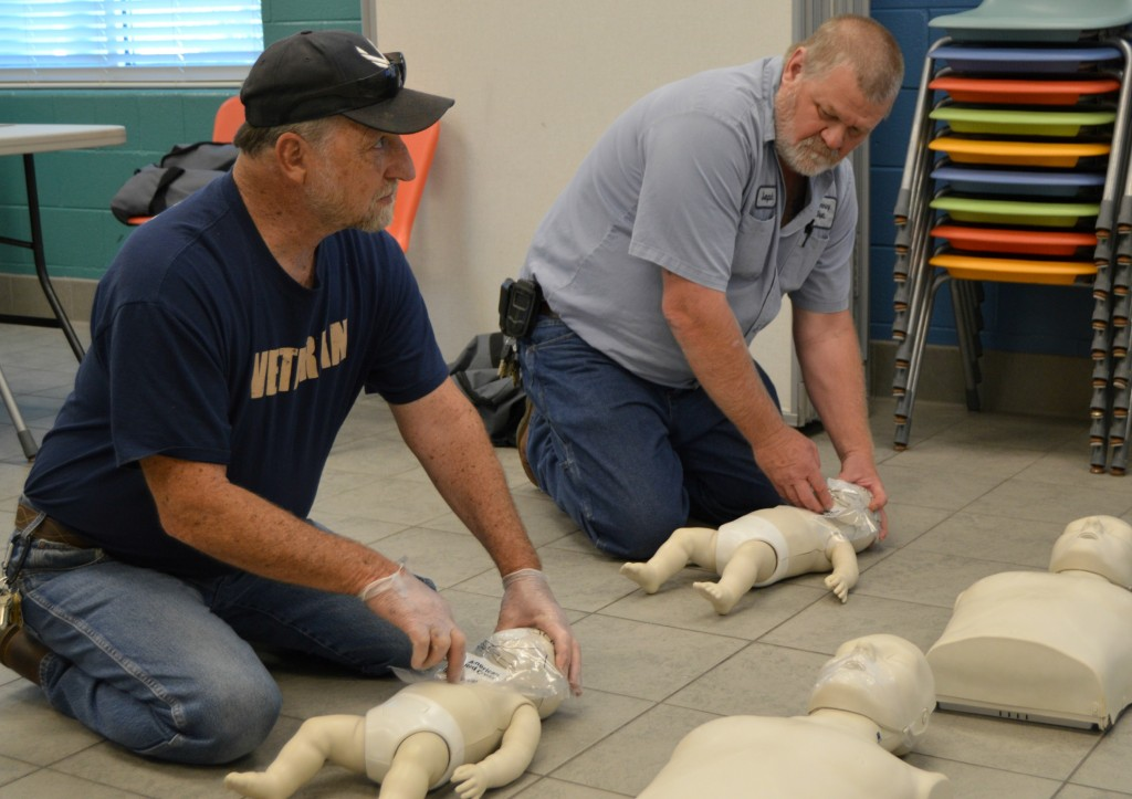 CPR training 014crop